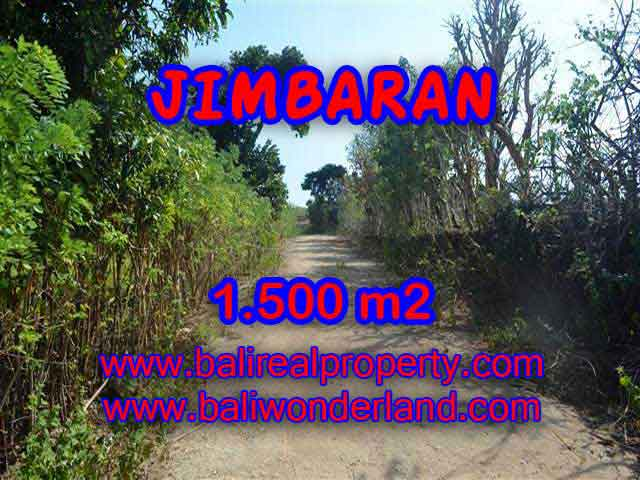 Magnificent Land for sale in Bali, villa and residential environment in Jimbaran Ungasan Bali – TJJI075